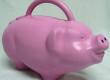 Piggy watering can
